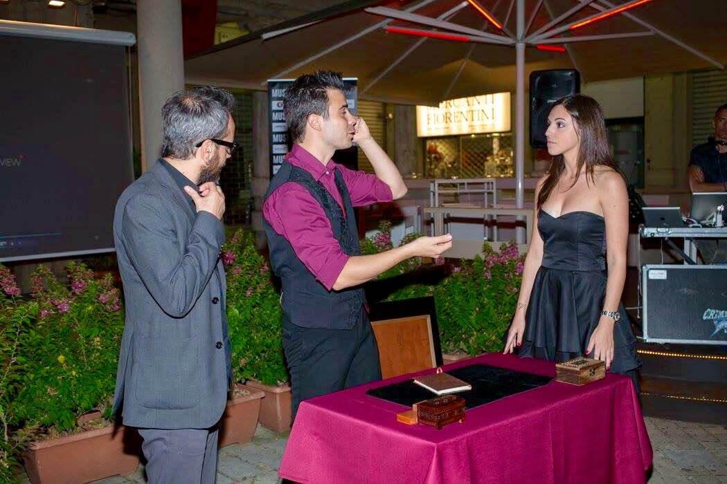 Francesco Micheloni magia per eventi aziendali